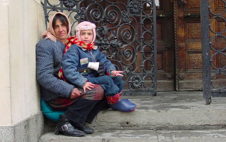 Gå Efter Den Rumænske Mafia Og Send Regningen Opad I Hierarkiet