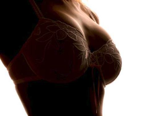 Skulle det være et sæt nye bryster?